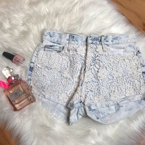 Abercrombie  High waisted Lace Shorts